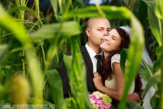Laura + Catalin – fotografii nunta Piatra Neamt – Restaurant Balador