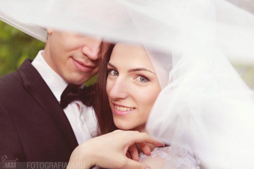 Adelina + Teo – fotografii nunta in Iasi – Biserica Crestina dupa Evanghelie Nr. 1 Iasi – Restaurant Ramada