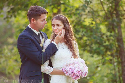 Edita + Sorin – fotografii nunta Ipotesti + Radauti, Suceava